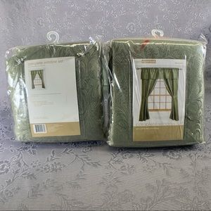 ROOM ESSENTIALS Two Complete Window Panel Sets